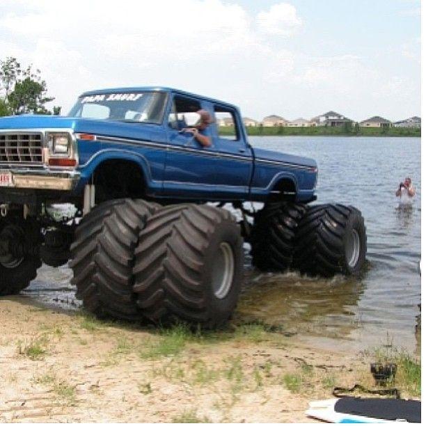 Big Truck !! http://perrisautospeedway.com #sprintcars #sprintcarracing #speedway #autospedway #attractions