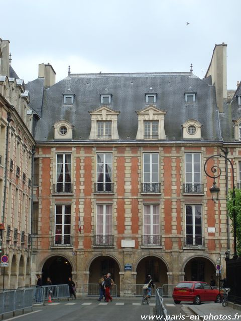 La Maison de Victor Hugo, place des Vosges - Paris en photos