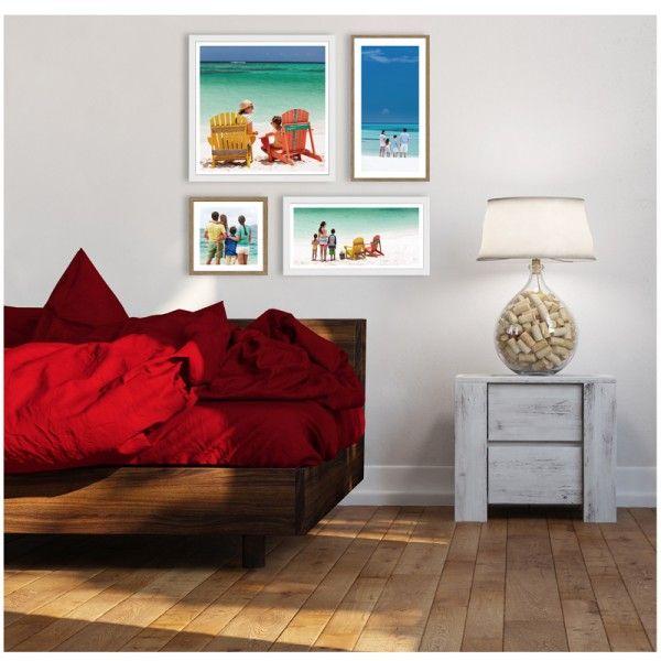 Mur de cadres SCANDI CosyGallery, composé de 4 cadres photos, disponible en coloris Mix Blanc chêne ou blanc satin intégral. A personnaliser avec vos photos.