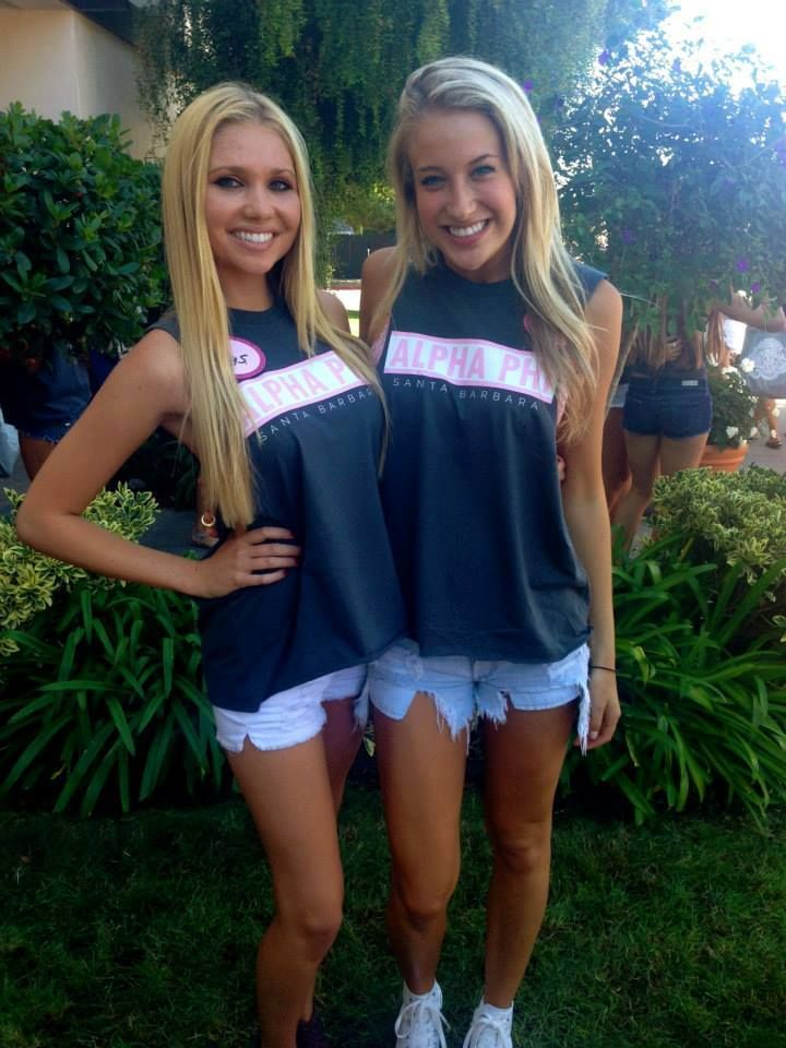 so cute & simple bid day shirts! I'm liking the more simple designs lately rather than the obnoxious sorority tee's