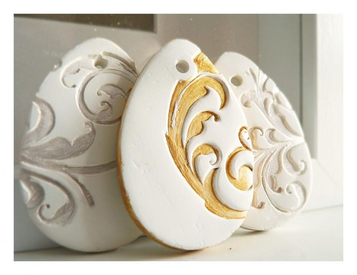 Golden French Easter decoration, white ceramic, gold painted. Make out of salt dough, spray paint??