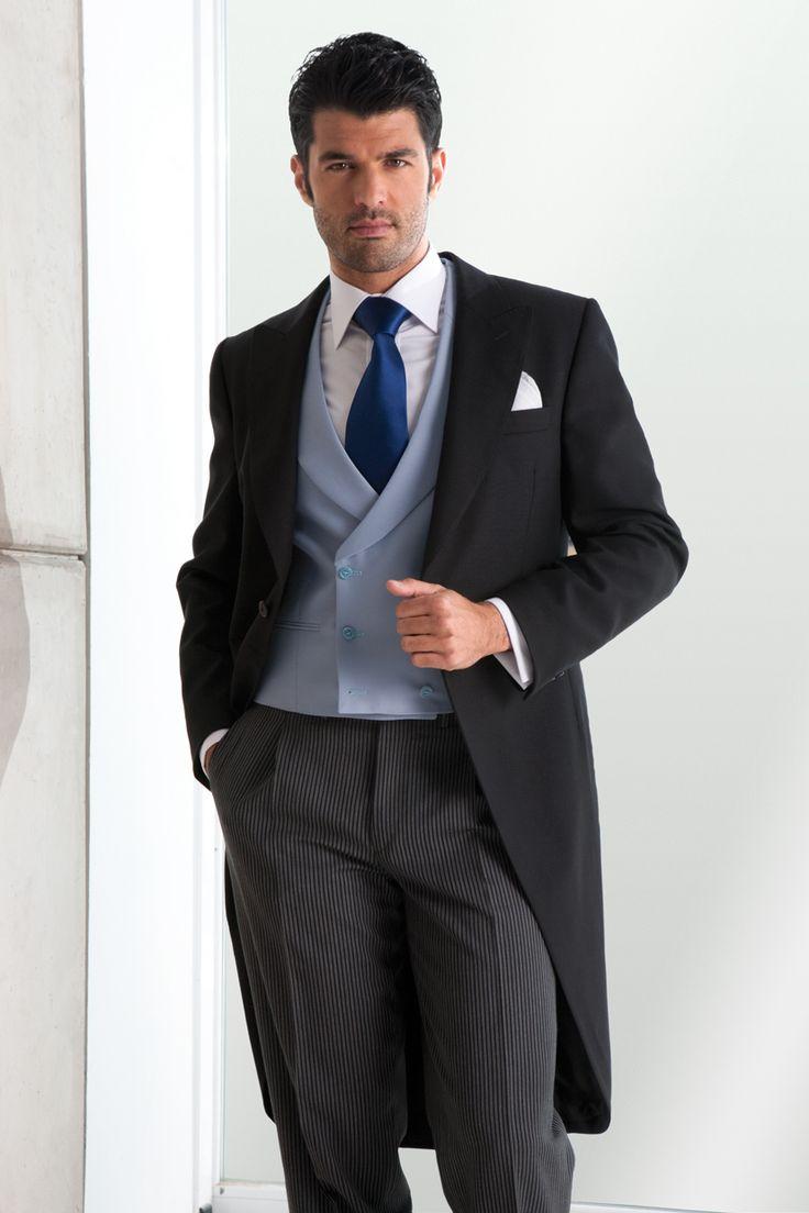 chaqué, chaleco-cruzado-azul-corbata-marina