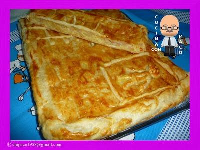 Empanada de patatas y atún