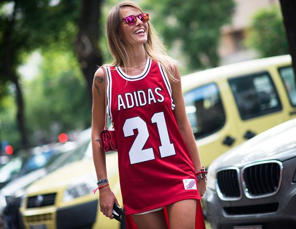 How To Wear a Sports Jersey Like a Street Style Star