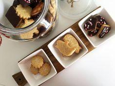 Post: Galletas fáciles 3 ingredientes (Galletas 1, 2, 3) --> galletas 1 2 3, galletas 3 ingredientes, galletas caseras fáciles, galletas danesas receta, galletas de mantequilla, galletas para cortadores, galletas rápidas, galletas sencillas, recetas delikatissen, cookies