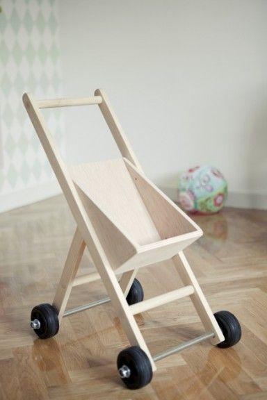 Picapino_carrito_muñecas_juguete_madera_niña_niños_intantil_1