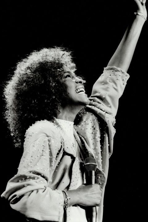 Whitney Houston in Canada on Aug. 22, 1986. Whitney was so talented and so beautiful!!!!