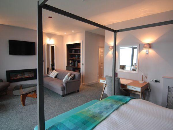 Restless Design | Armada Hotel | SUITE 4