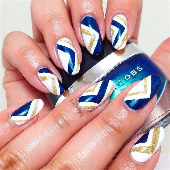 Chic Chevron - Nail Art #nails #nailart #naldesigns