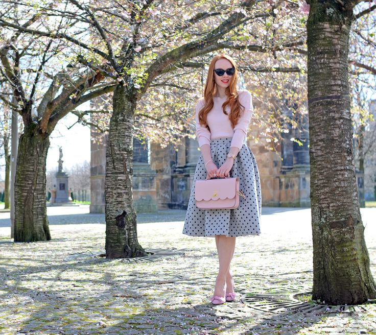 grey polka dot midi skirt with pink sweater and pink shoes