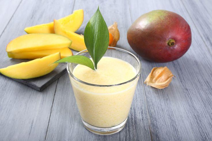 Tropical Coconut Mango Detox Delight Hipster Juice