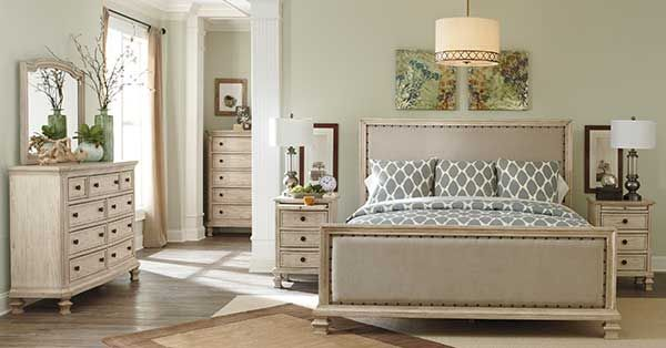 Demarlos Bedroom Group by Ashley Home Furnishings