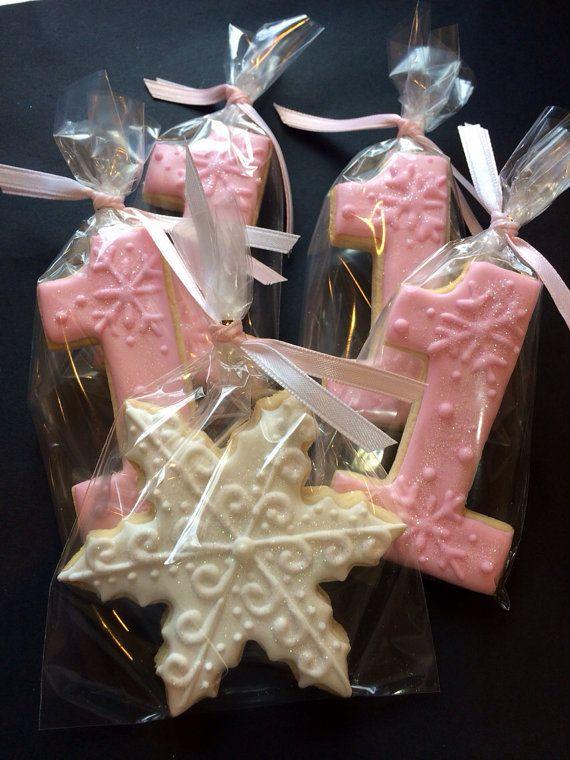 Winter ONEderland Cookies by LaPetiteCookie