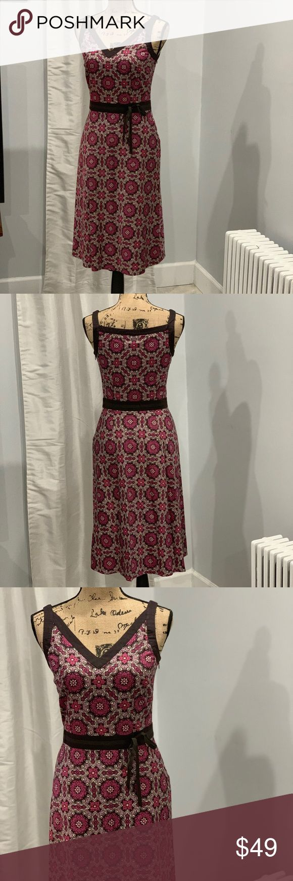 🛍Ann Taylor Loft dress size 2 Fully lined  Bust 17 inches laying flat  Waist 14 inches laying flat  Hips 20 inches laying flat  Length 41 inches laying flat You can shop with confidence because I have hundreds of sales with five star reviews ⭐️ ⭐️ ⭐️ ⭐️ ⭐️   My home is clean and smoke-free.    Most items ship out within 24 hours.   Get an extra discount when you bundle two or more items.    I try my best to answer questions promptly. LOFT Dresses Midi
