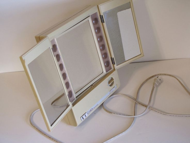 Vintage Clairol True To Light Electric Make Up Mirror
