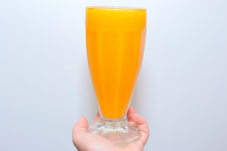 """The """"Wallaby Darned"""" is a frozen alcoholic beverage originally created by the Outback Steakhouse company. You can, however, make this tangy peach-flavored drink at home with a few ingredients and a standard kitchen blender. Layer the..."""