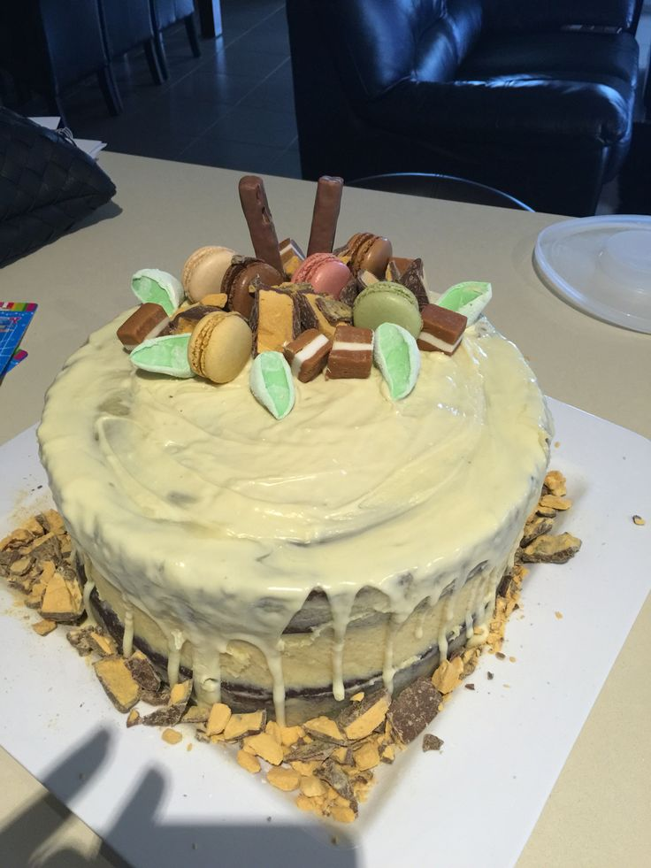 Chocolate cake with white chocolate icing