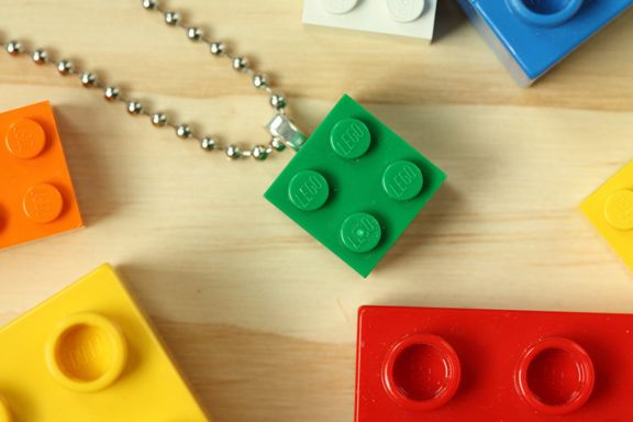 Lego Necklace: Diy Lego, Lego Party, Lego Necklaces, Diy Jewelry, Lego Jewelry, Craft Ideas, Party Ideas, Kid