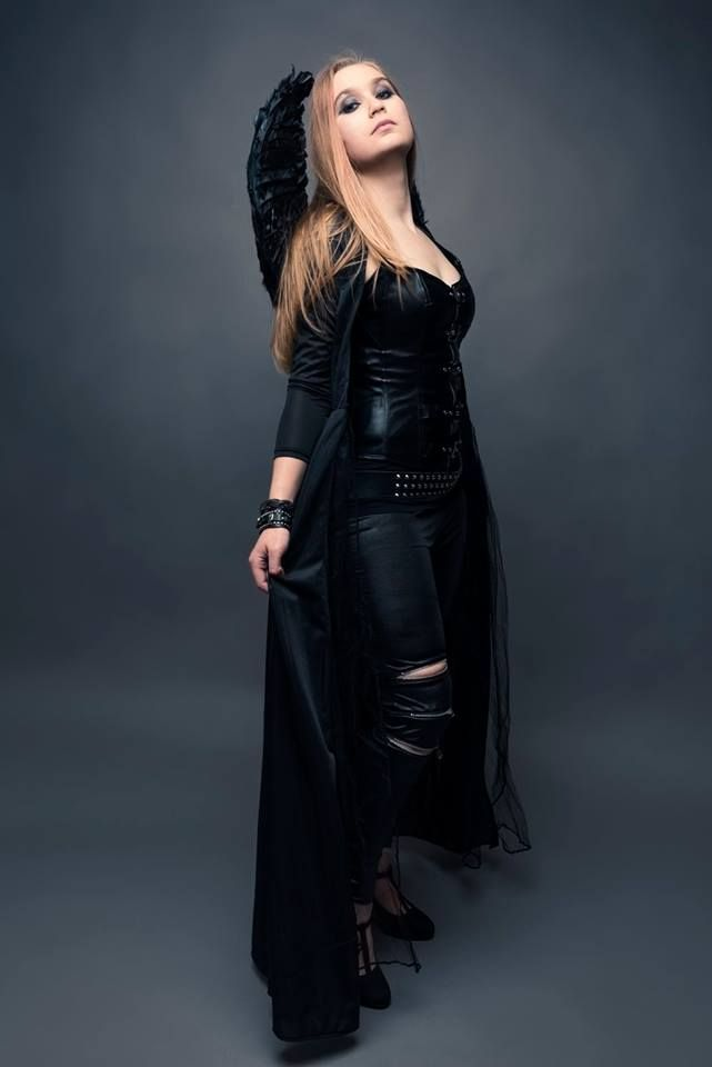 INFINITAS (Muotathal • Switzerland) FOLK HEAVY METAL • Andrea - lead vocals , percussion