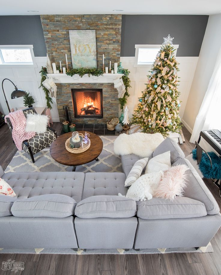 Home Decor Inspiration On Instagram How S The Christmas: 25+ Unique Christmas Living Rooms Ideas On Pinterest