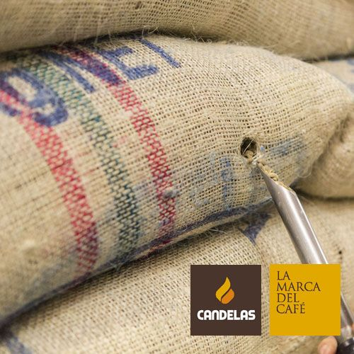 Exigentes controles de calidad garantizan el tueste de los mejores granos de café.