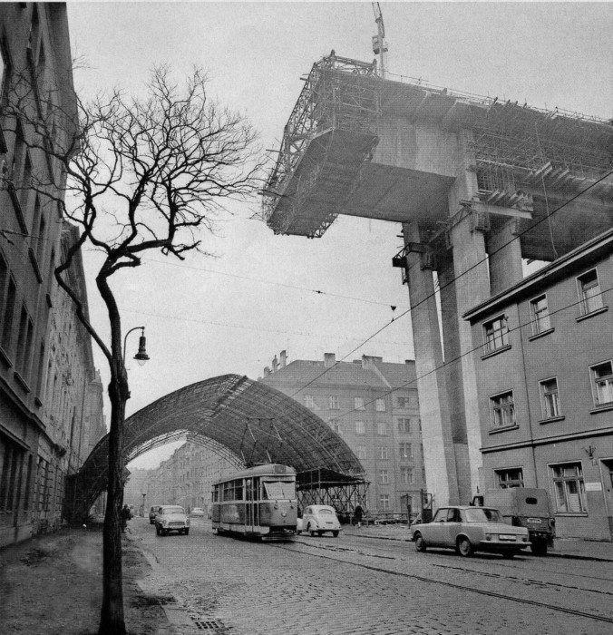 Nuselský most, Praha 1968