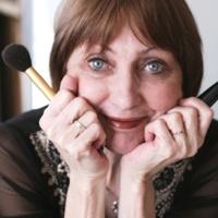 Maquillage: les erreurs à ne pas commettre après 50 ans
