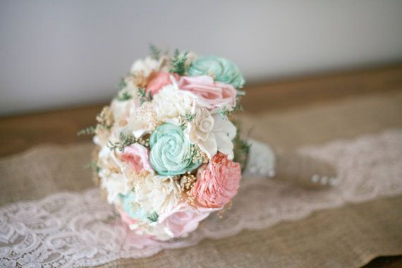 Browse now through some wonderful mint and pink beach wedding ideas and pick your favorite decor details. We really love these pastel colors.What about you?