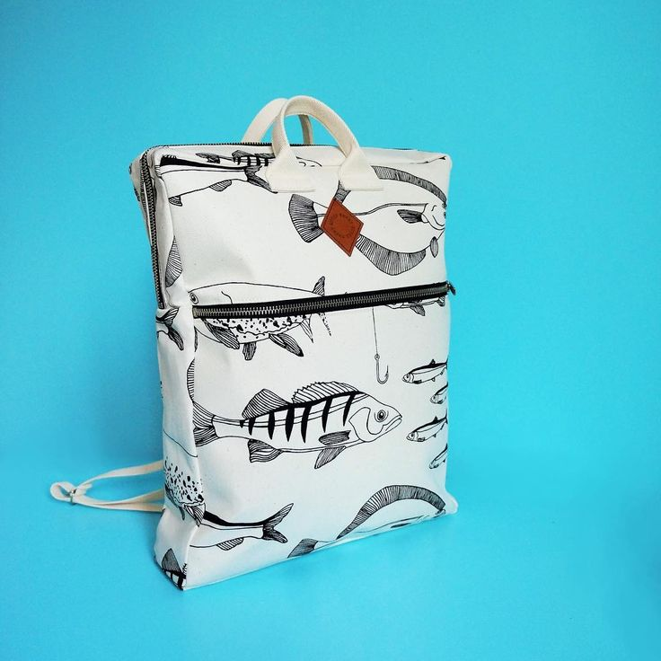 The Svante Backpack is now available in the webshop, if you'd like to take a closer look 🐟🎒