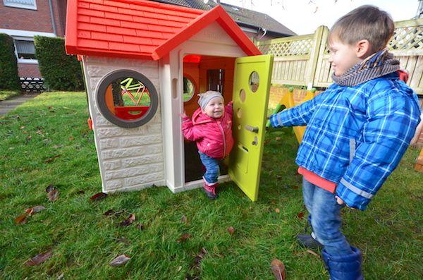 Unser Garten im Winter – tolles Spielhaus von Smoby #werbung #spielhaus #kinderspaß #smoby #mamablog