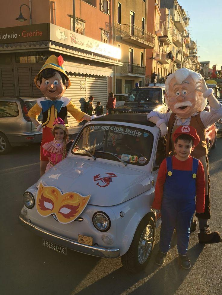 Inizia questo weekend il periodo festoso del Carnevale. Molte le manifestazioni organizzate in tutta Italia in cui le 500 storiche del Club partecipano addobbate per l'occasione. Oggi un gruppo del coordinamento di Cefalù, guidato dal fiduciario Francesco Ventura, ha sfilato in maschera a Campofelice di Roccella (PA).