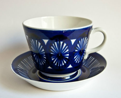 ARABIA Finland - Valencia   extra large Grandfather Cup & Saucer
