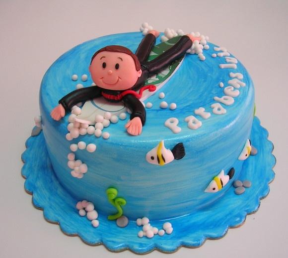 surf cake.Sandra! Leuk idee voor Rowan!                                                                                                                                                                                 Mais