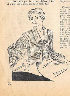 """Voici encore une liseuse au tricot issue d'un vieil """"écho""""... Plus jolie qu'un gilet et plus légère qu'une robe de chambre. J'espère que le pdf sera lisible et que certaines d'entre vous auront plaisir à la confectionner. et à m'envoyer une petite photo...)..."""