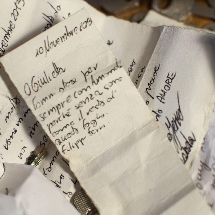 Oh Giulietta, fammi stare per sempre con Amanda perché senza sono come il resto di questo foglio. #julietsecrets #casadigiulietta #juliethouse #secrets #lovers @julietsecrets