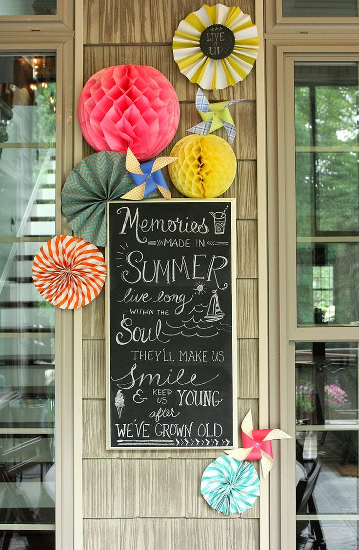 Summer Chalkboard Art on the Screened Porch