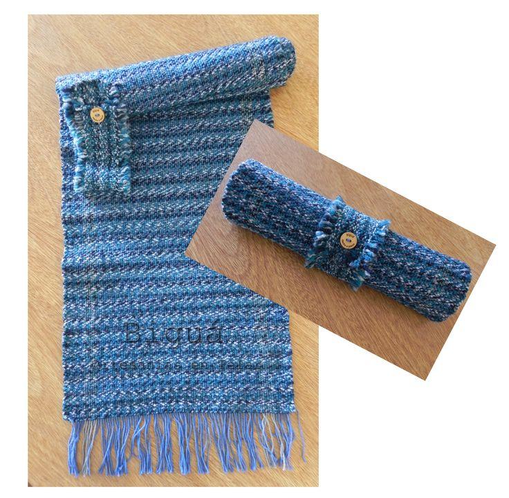 Camino de mesa tejido a #Telar. Tonos azules.