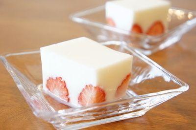 [レシピ]苺の牛乳寒天