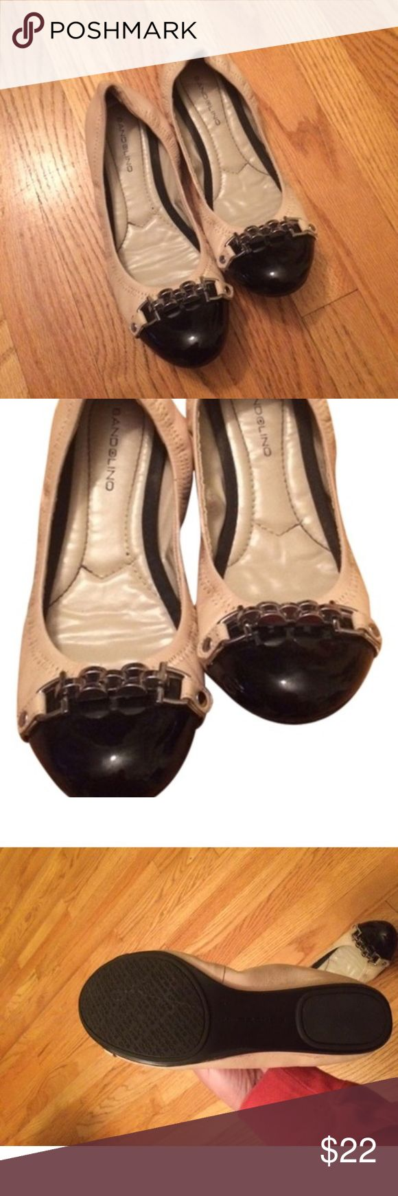 bandolino black and cream ballet flats. Never worn, great to wear to work or casually. Comfortable material. Bandolino Shoes Flats & Loafers