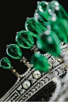 Magnificent and rare antique emerald and diamond tiara, circa 1900 | Previously owned by Princess Katharina Henckel Von Donnersmarck | Via Diamonds in the Library.  http://www.thatcreativefeeling.com/art-antique-jewelry/