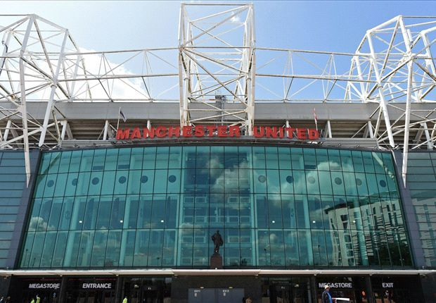 Welcome to sportmasta's Blog.: Man Utd take Martis on trial, agent confirms