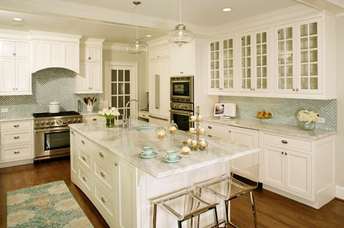 House of Turquoise: Virginia Kitchens + Harry Braswell Inc...beautiful white and turquoise