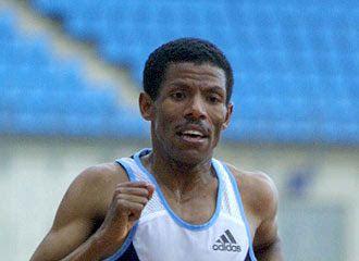 atletismo y algo más: 2700. Haile Gebreselassie no puede con su récord e...