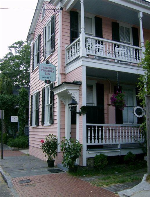 Palmer's Pinckney Inn - Charleston, South Carolina. Charleston Bed and Breakfast Inns