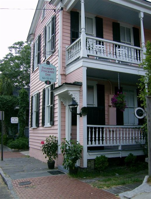 Palmer's Pinckney Inn - Charleston, South Carolina. Charleston Bed and Breakfast Inns