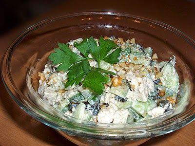 Comida Russa de Verdade: Salada Dia e noite com ameixa