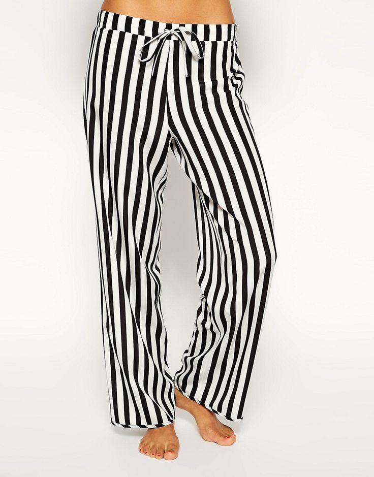 Immagine 4 di ASOS - Pantaloni lunghi del pigiama a righe bianche e nere
