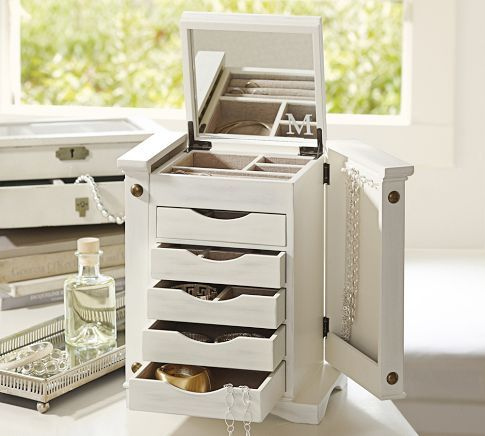 """Ultimate Jewelry Box 