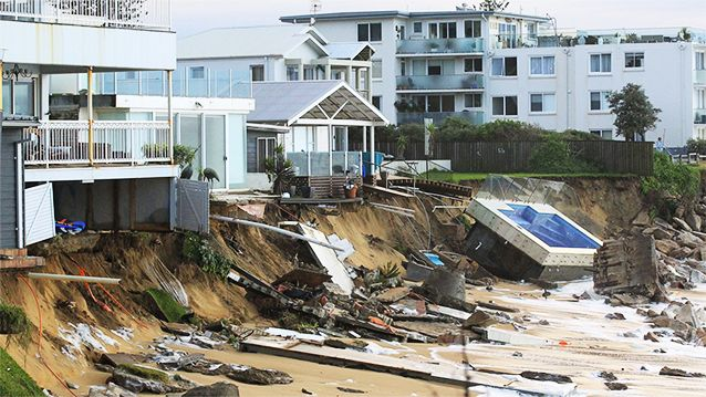 Beachside homes washed away, coast destroyed in worst storm in 30 years - Yahoo7