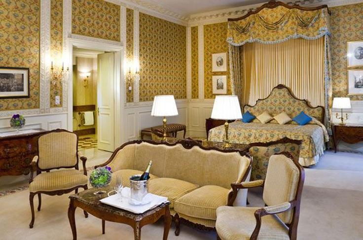 Guide to best Vienna Hotels - Grand Hotel Vienna: www.moderngentlemanmagazine.com/vienna-hotel-guide/